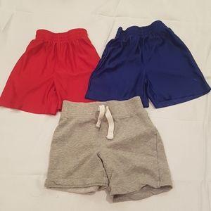 2/$20 lots of 3 2T boys shorts pants